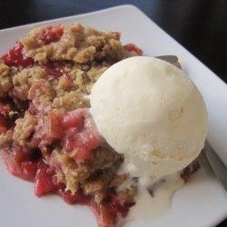 Strawberry Rhubarb Crunch recipe