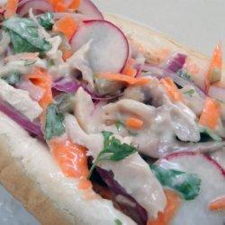 Vietnamese Chicken Sandwich (Food Network Magazine) recipe