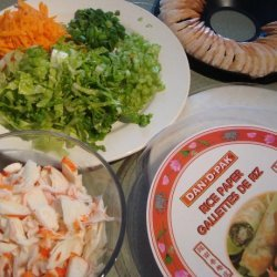 Fresh Spring Rolls With Peanut Sauce recipe