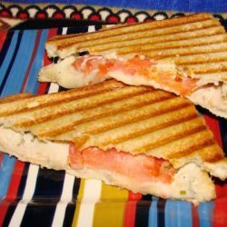 Grilled Cheese With Turkey & Tomato recipe