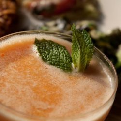 Apricot Bellinis recipe