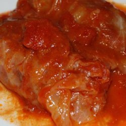 Stuffed Cabbage Rolls With Sweet and Sour Sauce recipe