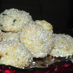 Baked Cheese Balls With Herbs and Sesame Seeds recipe