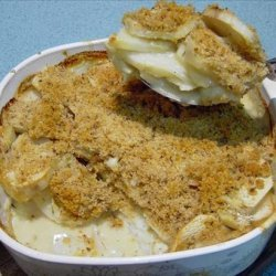 Crunchy Scalloped Potatoes With Thyme recipe