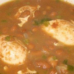 Sopa De Frijoles Con Huevos (Bean and Egg Soup) recipe