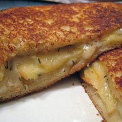 Grilled Swiss Cheese and Apples Sandwiches recipe