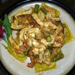 Gorgonzola Pesto Sauce over Ravioli, Chicken & Asparagus recipe