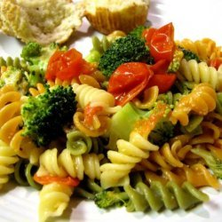 Spinach Pasta With Veggies and Parmesan recipe