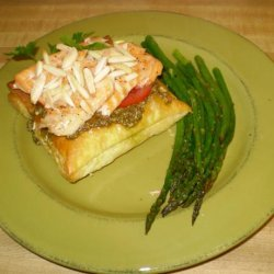 Salmon With Puff Pastry and Pesto recipe