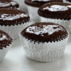 Chocolate Chip and Mascarpone Cupcakes - Giada De Laurentiis recipe