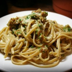 Linguine With Spicy Sausage and Scallion Sauce recipe