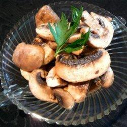 Champignons a La Grecque recipe