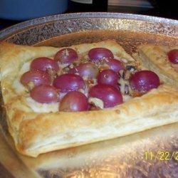 Grape, Ricotta & Honey Tarts recipe