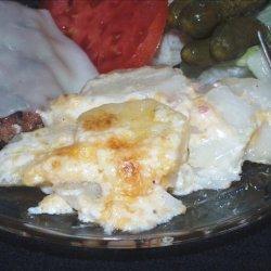 Cheesy Bacon Scalloped Potatoes recipe