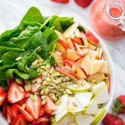 Spinach Salad With Strawberry Vinaigrette recipe