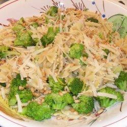 Broccoli and Bow Tie Pasta recipe