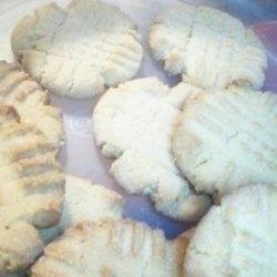 Crisp Peanut Butter Cookies recipe