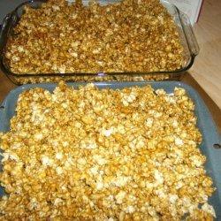 Caramel Corn (With Peanuts) recipe