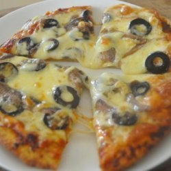 Quick Pizza With Olives and Anchovies recipe