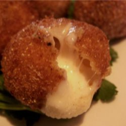 Fried Bocconcini With Spicy Tomato Sauce recipe