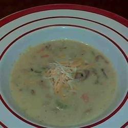 Marilyn's Cheesy Clam Chowder recipe