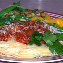 Roasted Red Pepper & Tomato Sauce over Linguine recipe