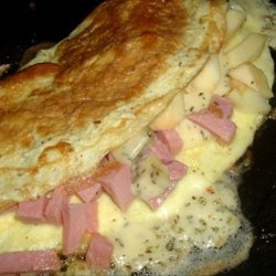 Ham, Apple, and Cheese Omelet recipe