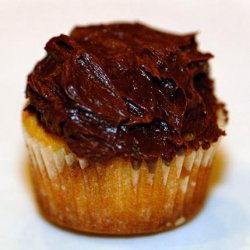 Vanilla Cupcakes With Chocolate Frosting recipe