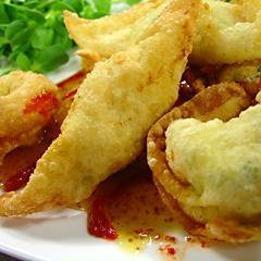 Chicken and Goat Cheese Wontons recipe