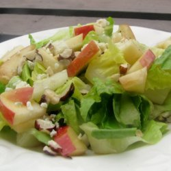 Hearts of Romaine Salad With Apples, Cheese and Hazelnuts recipe
