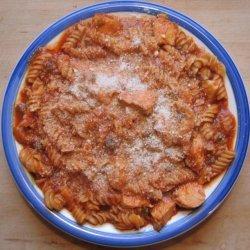 Chicken Spaghetti With a Tomato Sauce Base recipe