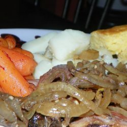Slow Cooker Beef With Caramelized Onions recipe