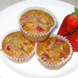 Strawberry Cinnamon Oatmeal Muffins recipe