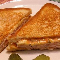 Grilled Hot Turkey Sandwiches recipe