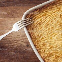 Shepherd's Pie With Cheesy Mashed Potatoes recipe