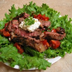 Pepper Crusted Beef With Cherry Tomatoes recipe