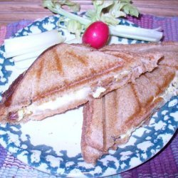 Provolone Cheese and Scrambled Egg Sandwiches recipe