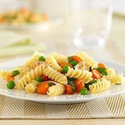 Mini Rotini with Carrots and Peas recipe