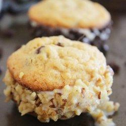 Cookie Ice Cream Sandwiches recipe