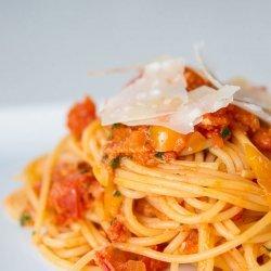 Pasta With Fresh Tomato Sauce recipe