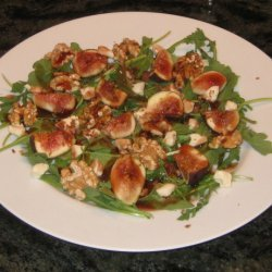 Spinach Salad With Figs and Warm Bacon Dressing recipe