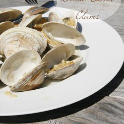 Grilled Clams With Garlic Butter recipe