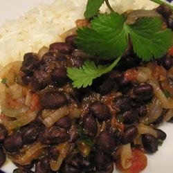 Robin's Sweet and Spicy Black Beans recipe