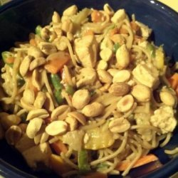 Vegetable and Tofu Noodle Bowl With Peanut Sauce recipe