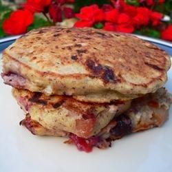 Cinnamon-Peach Cottage Cheese Pancakes recipe