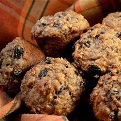 Caramelized Oatmeal Raisin Muffins recipe