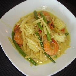 Mixed Seafood Curry With Bamboo Shoots recipe