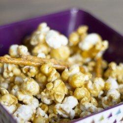 Vanilla Caramel Corn recipe