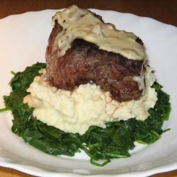 Peppered Steak Fillets With Creamy Bourbo Sauce recipe