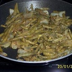 Green Beans Sautéed With Onions and Bread Crumbs recipe